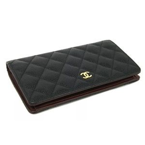 Auth CHANEL Black Caviar Leather Bifold Wallet